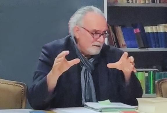 Herbert Fuxbauer referiert über Armut in Österreich